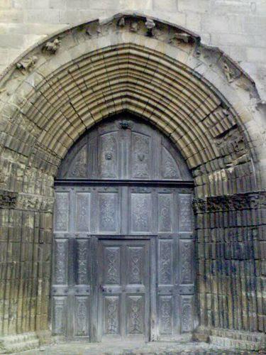 020 b puerta de la iglesia figeac 28.04