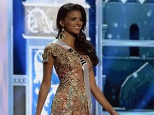 Miss Brasil Jakelyne Oliveira (Foto: Alexander Nemenov/AFP)