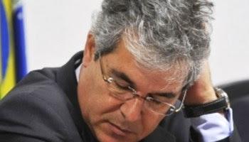 Paulo Henrique Amorim chama JV de