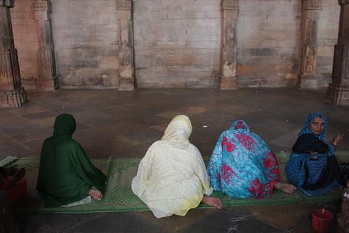 Ladies Namaz  Dhai Djinn Ka Jhopda by firoze shakir photographerno1