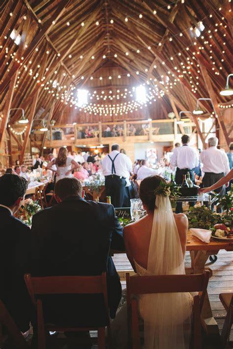 Romantic Wedding Full of Amazing Decor   Glittery Bride