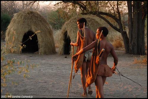 fS1Xd1PVVbLh3QjrMhJgQEyUYyqznysfhKdvHJyqE3WnrioTNRrcLRn2UgAQgbQTRoYL4cP0urYtd7dnjSWBYJXUQz0mDc8kff0lvc zFYw=s0 d San Bushmen People, The World Most Ancient Race People In Africa