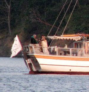 Boat crew saw Neil Young and Daryl Hannah marry in the San