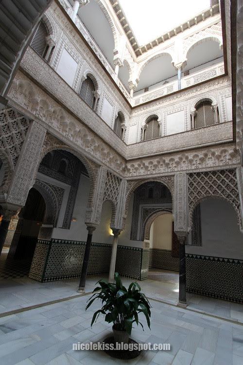 central hall