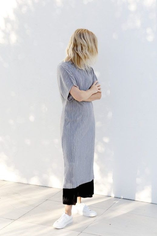 Le Fashion Blog Minimal Summer Ribbed Dress White Sneakers Black Sunglasses Via We The People Style