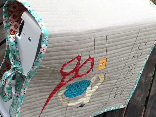 Sewing machine cover from Playful little paper-pieced Projects