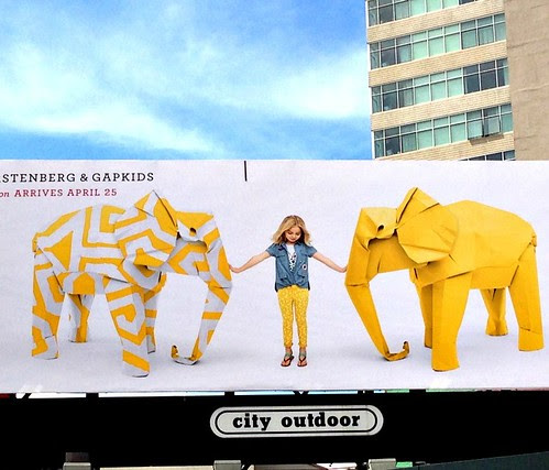origami-animals-gap-kids-billboard