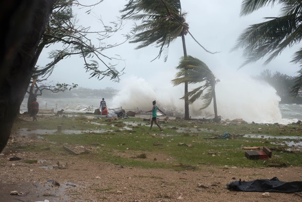 Passagem de ciclone por Vanuatu deixa mortos (Foto: AP Photo/UNICEF Pacific, Humans of Vanuatu)