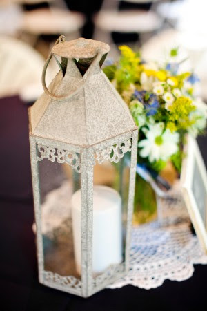 Lantern-Wedding-Centerpiece