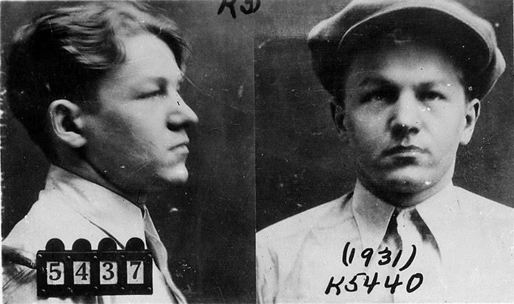 http://upload.wikimedia.org/wikipedia/commons/5/51/Baby_Face_Nelson_1931_mug_shot.jpg