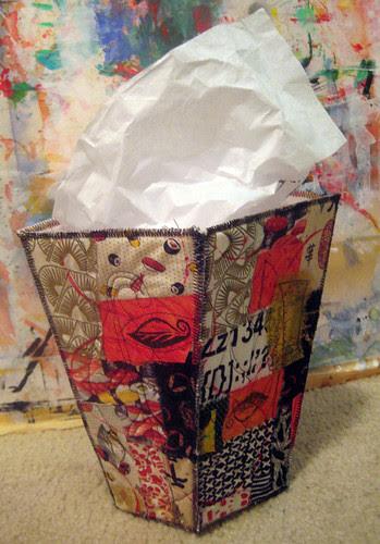 trash vase 1