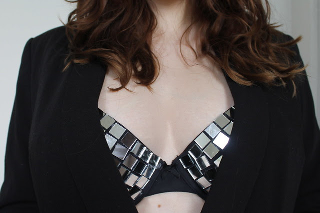 How to make a mirror bra