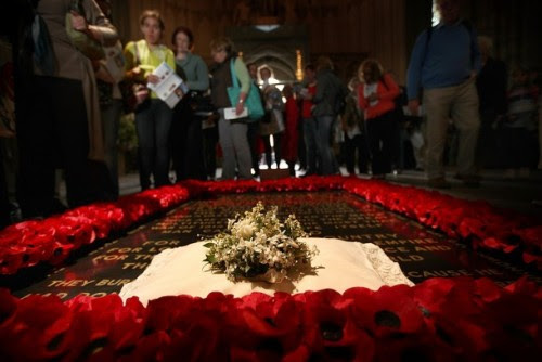 royal-wedding:  The wedding bouquet of Catherine, Duchess of Cambridge lies on the grave  of the unknown warrior in Westminster Abbey on April 30, 2011 in  London, England. Getty Image
