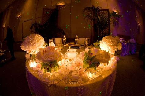 Wedding Design & Decor: Sweetheart Tables!
