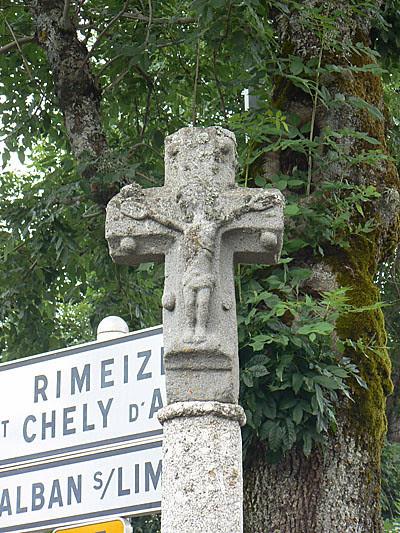 croix pèlerine en Margeride.jpg