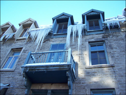 Icicles, St Denis