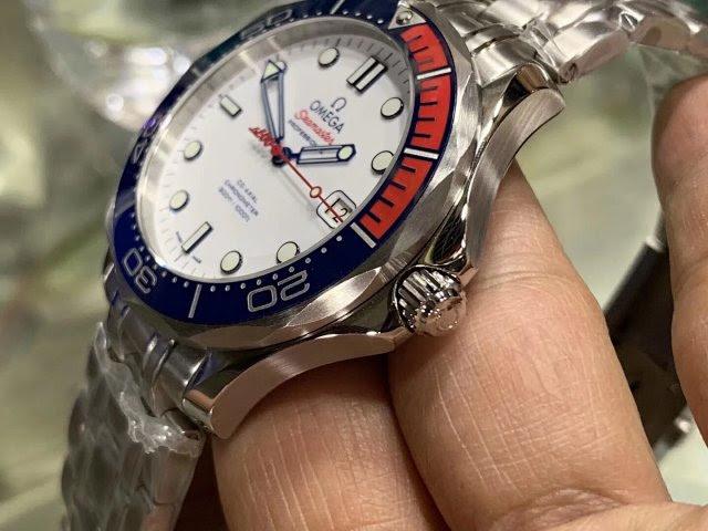 Omega Seamaster 007 Commander Watch