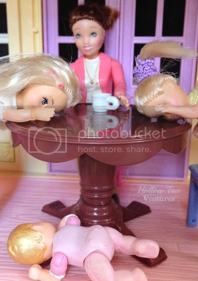 breakfast on As The Dollhouse Turns by Robyn Welling @RobynHTV