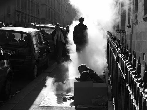 Smoke por Hughes Léglise-Bataille