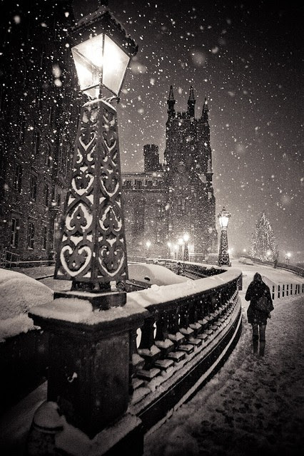 Snowy Night, Edinburgh, Scotland