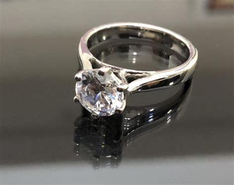 Affordable Engagement Rings in 18K Gold   Affordagold