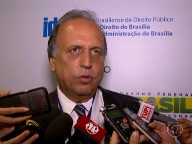 O governador Luiz Fernando Pezão: encontro com Levy (Foto: Reprodução/Globo)