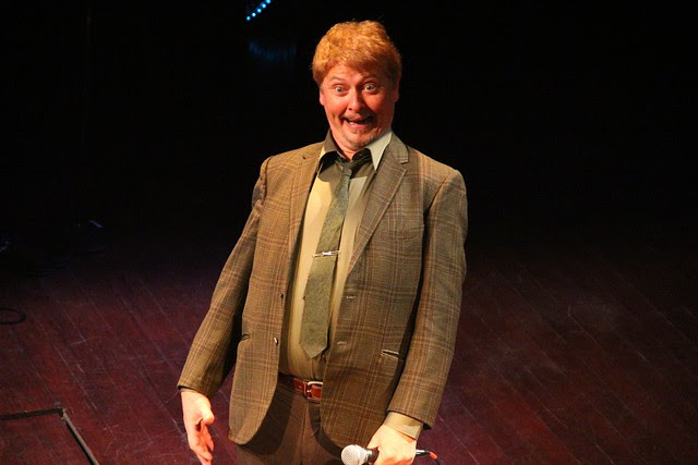 """Dave Foley in """"Two Kids One Hall"""""""