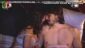 Joana Lima Verde sensual na novela Amor e Revolução