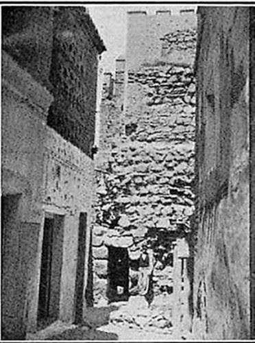 Puerta vieja de Bisagra o de Alfonso VI (Toledo) antes de la restauración realizada en 1907
