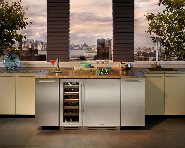 12-marble-countertop-refrigerator-and-winde-storage-under