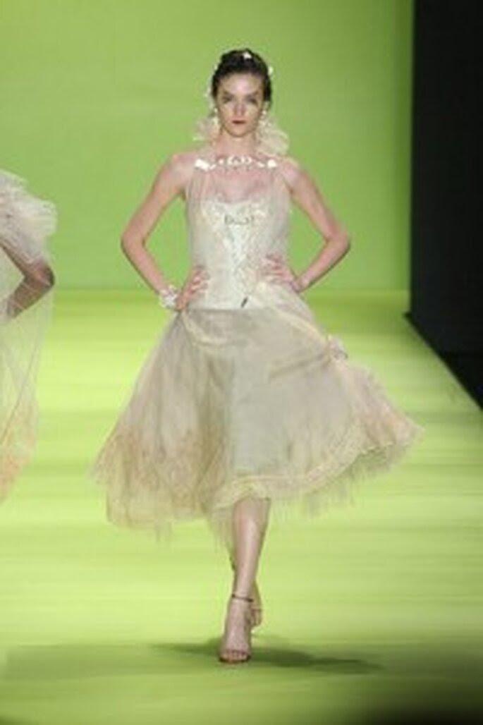 Vestido de noiva curtos - Lino Villaventura