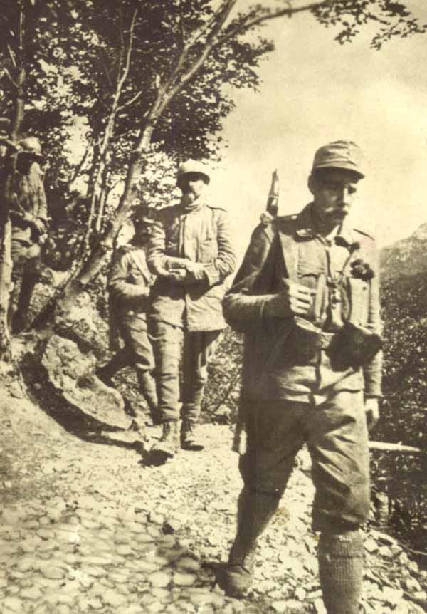 cesare battisti fabio filzi prigionieri da malga zocchi 10 luglio 1916