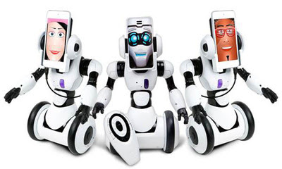 RoboMe by WowWee the latest blend of Personality and Technology.  (PRNewsFoto/WowWee)