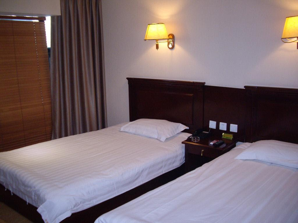 Review Chaoxin Shenglin Holiday Hotel