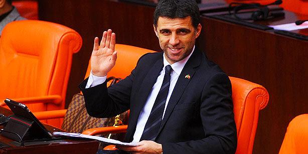 Τουρκία: «Πόλεμος» για τον… απόστρατο μπαλαδόρο!