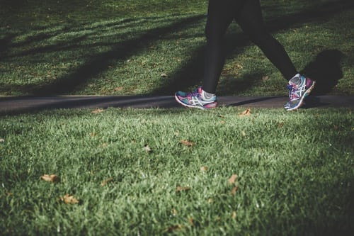 How can the benefits of walking be maximized?