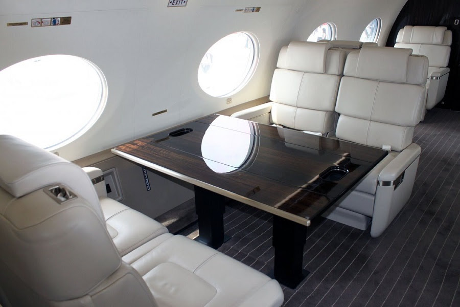 AD-Step-Inside-Rupert-Murdoch's-Luxurious-$84-Million-Private-Jet-04