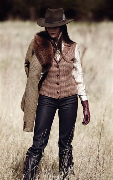 The 25  best Country western outfits ideas on Pinterest