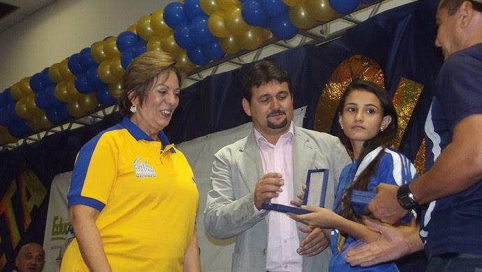 Governadora Rosalba Ciarlini participa da entrega das medalhas dos atletas na Escola de Governo (Foto: Klênyo Galvão)