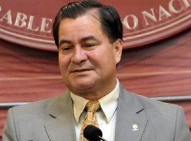 Diplomata brasileiro assume decisão de trazer senador boliviano para o Brasil
