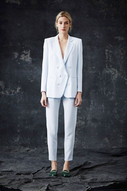 LE FASHION BLOG JENNI KAYNE FW 2014 COLLECTION 1930S MODERN ENGLISH COUNTRYSIDE PALE BLUE ICE WHITE COPPED PANTS SUIT GREEN GOLD CHAIN LOAFERS EFFORTLESS CHIGNON LOW BUN NATURAL BEAUTY 4 photo LEFASHIONBLOGJENNIKAYNEFW20144.jpg