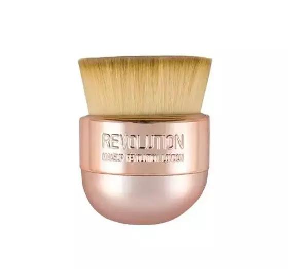 Makeup revolution kabuki brush