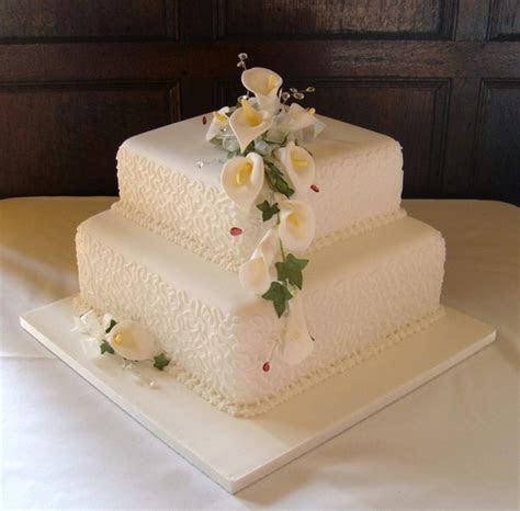 2 tier square wedding cakes   idea in 2017   Bella wedding