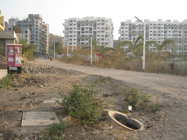 Road to Pristine Fontana - Visit Lohia Jain Group's Riddhi Siddhi, 2 BHK & 3 BHK Flats at Bavdhan Khurd, Pune 411 021