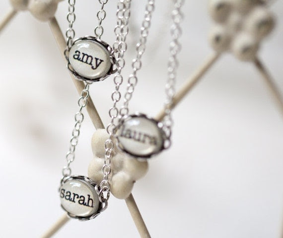 Name necklace - Personalized jewelry - Bridesmaid necklace - Tiny jewelry (N086)