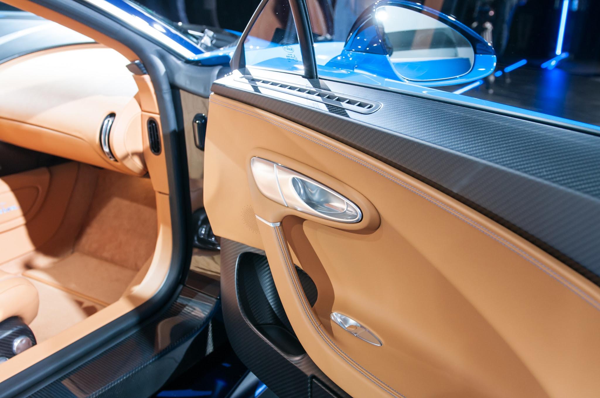 Bugatti Chiron Is a 1,500-HP, 280-MPH, Physics-Defying Masterpiece ...