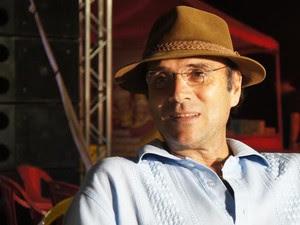 Com grandes sucessos, Almir Sater se apresenta em Ji-Paraná, RO (Foto: Pâmela Fernandes/G1)