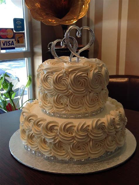 The silver bling really makes this simple 2 tier rosette
