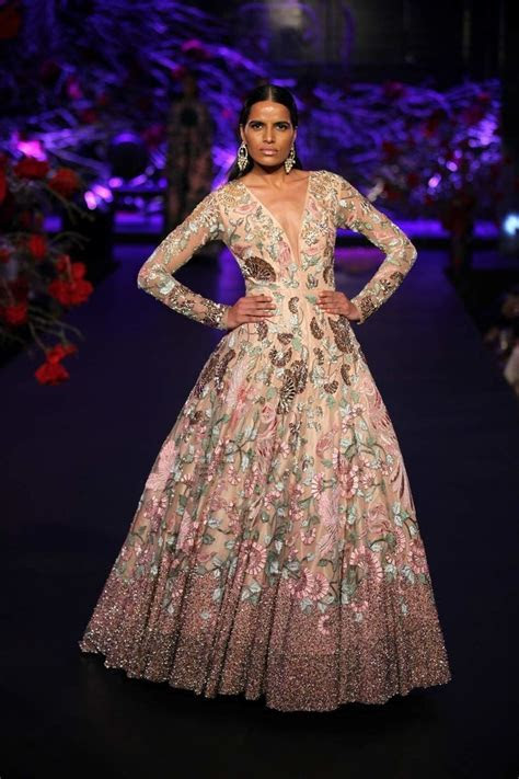 Manish Malhotra Empress Story 2015 Couture collection