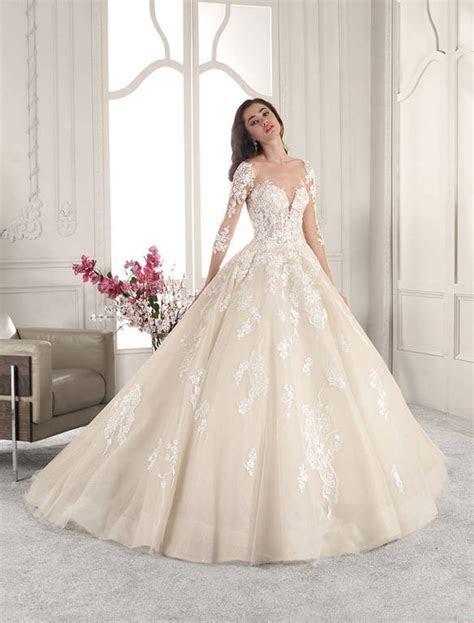 Elegant Touch Bridal and Tuxedo   www.etbridalandtuxedo